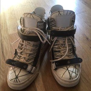 Giuseppe sneakers futuristic
